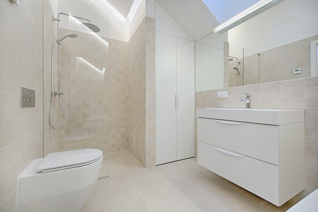 Alles wat je moet weten over een senioren badkamer inrichten